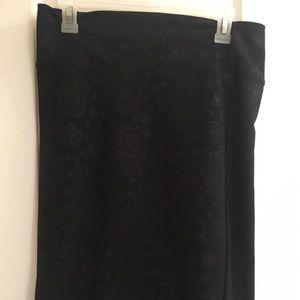 BLACK medium Cassie!